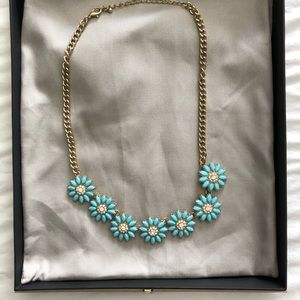 Jewelry - Teal flower statement necklace